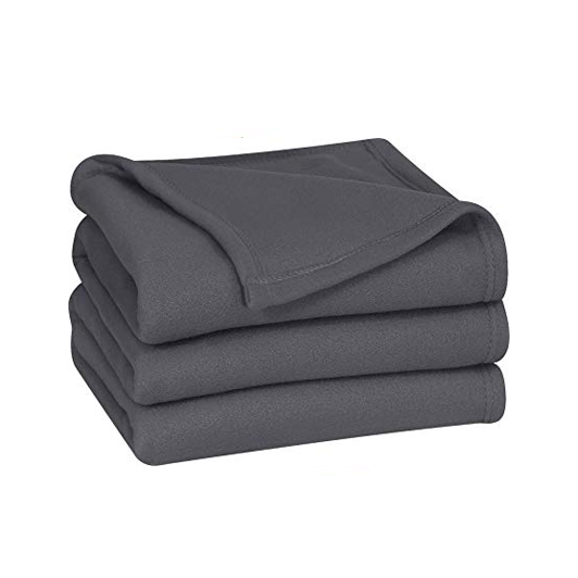 polar-fleece-blankets-grey